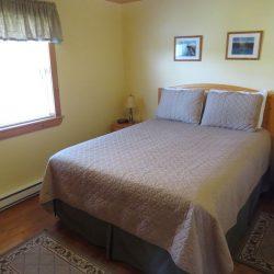 Pomquet Beech Cottages: Duck Pond Bedroom