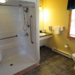 Pomquet Beech Cottages: Moose Den Barrier Free Shower